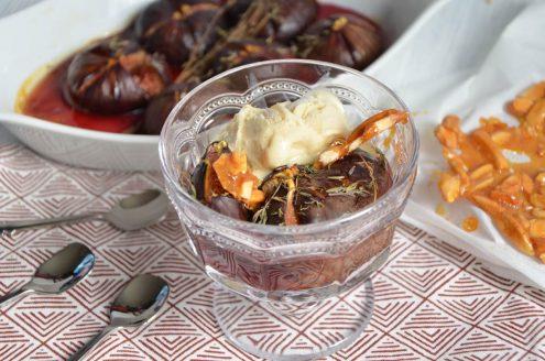 Figues rôties au miel crème glacée aux amandes caramélisées