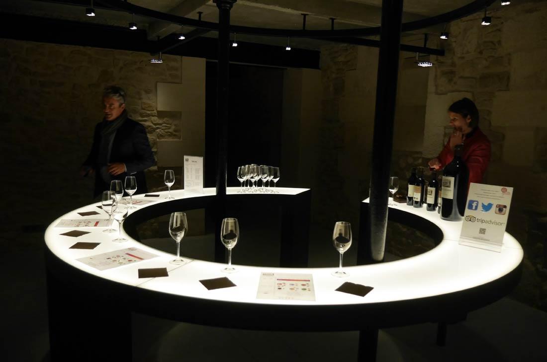 dégustation vignes Château Lamothe Bergeron