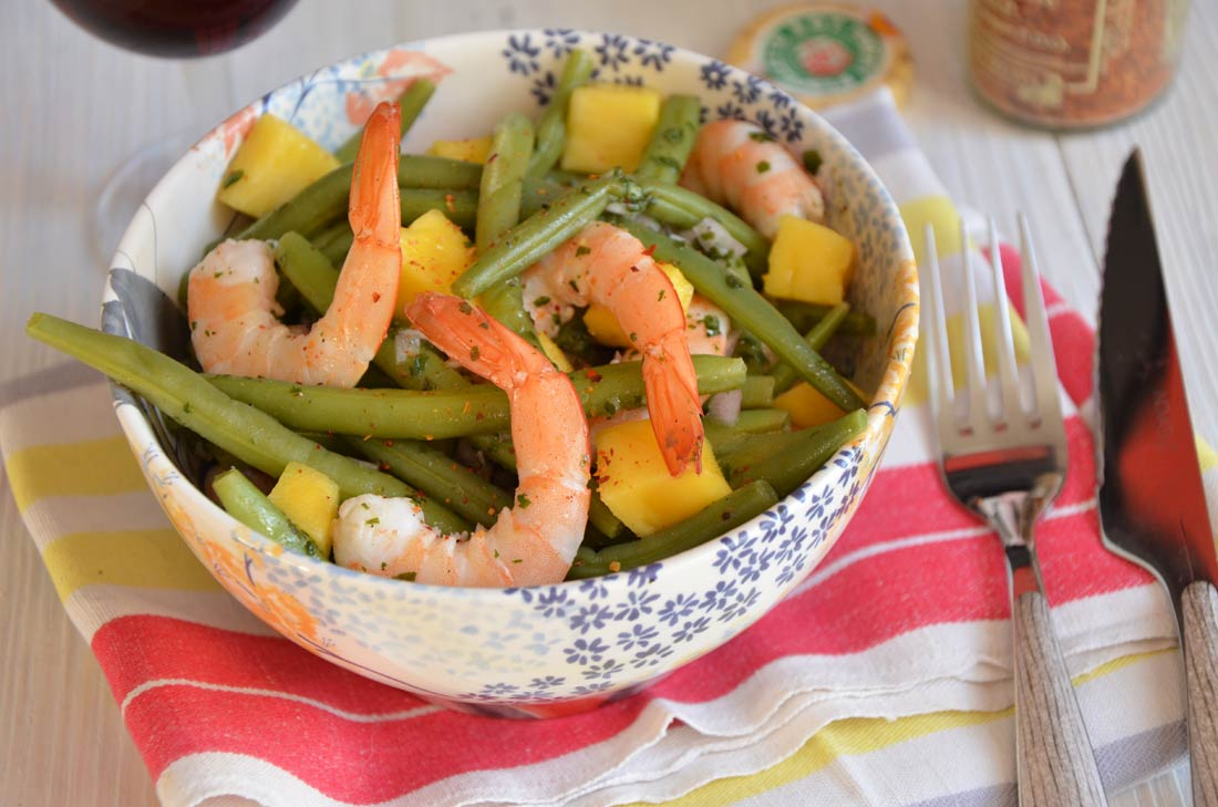 Salade de haricots verts mangue et crevettes