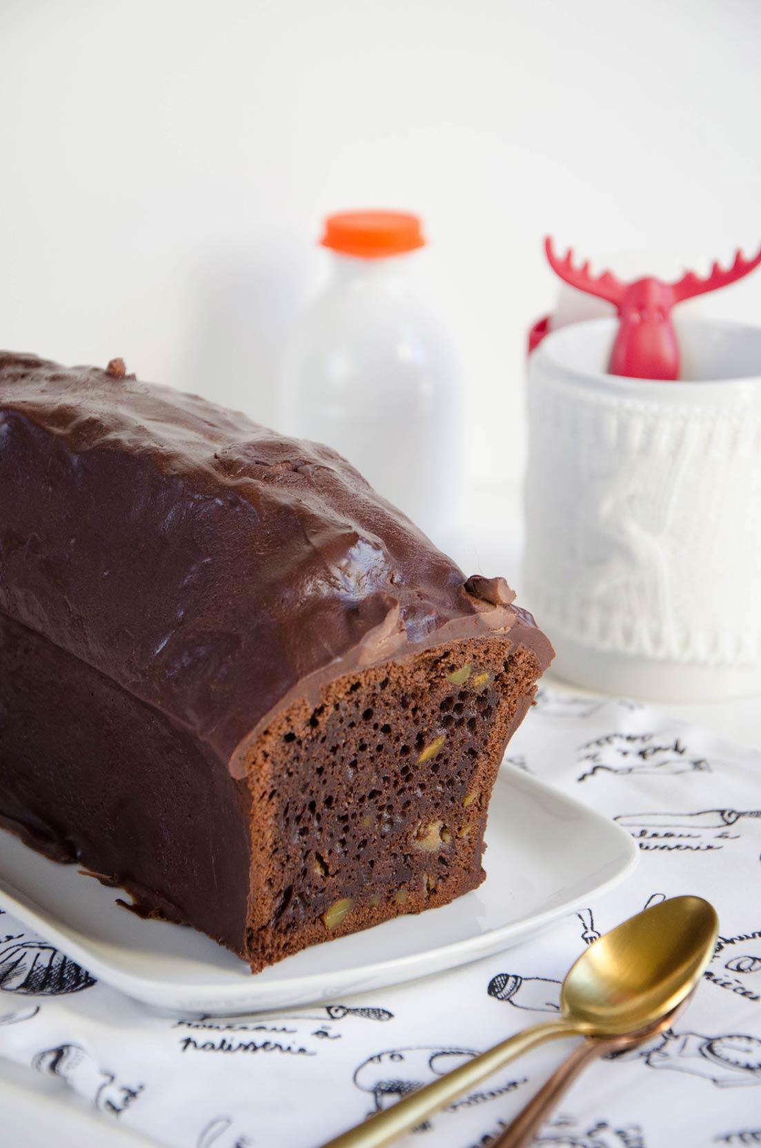 cake chocolat pâte d'amandes fait maison