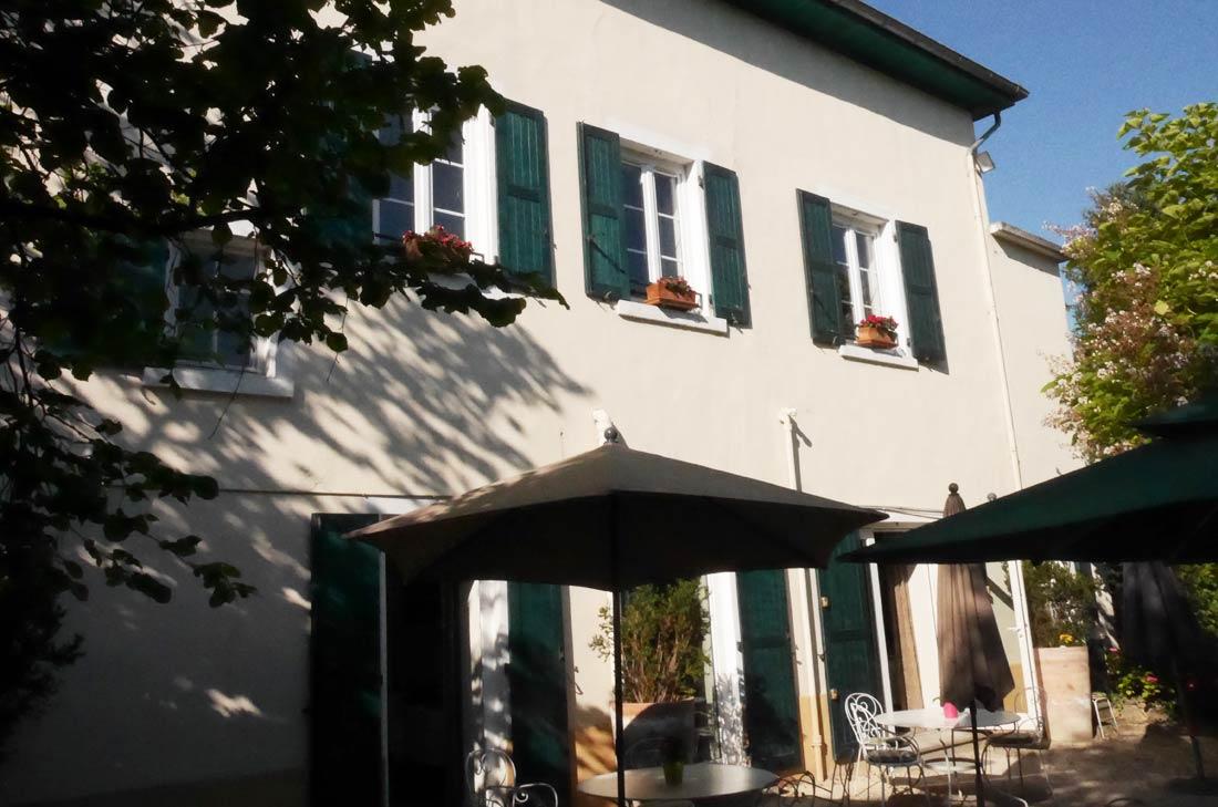 Relais du atey l 39 isle d 39 abeau 38 for Piscine de l isle d abeau