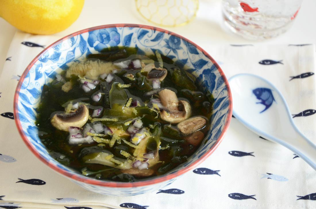 soupe wakame et champignons maison