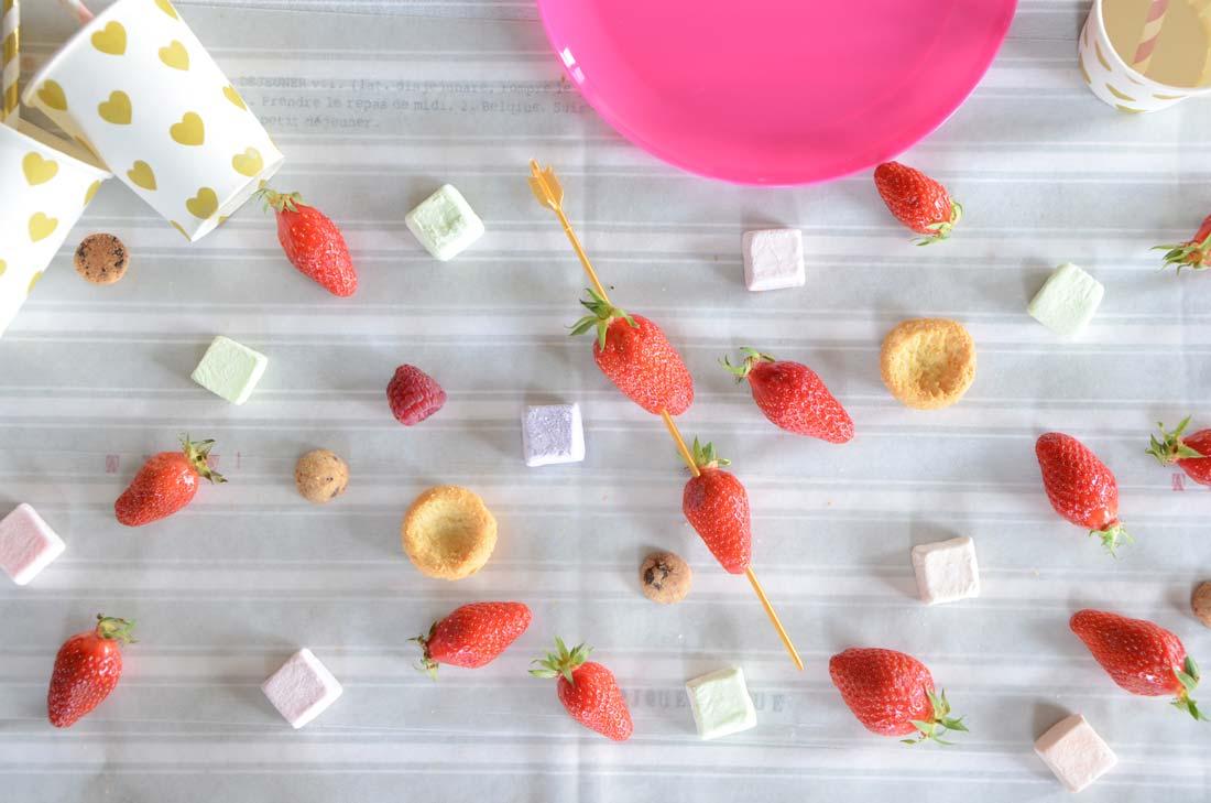 Fondue au chocolat et aux fraises maison