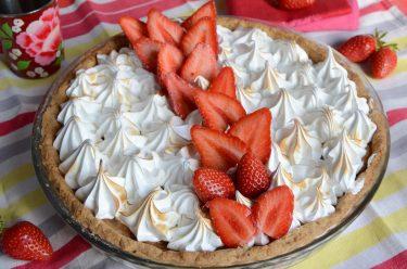 tarte fraises rhubarbe meringuée