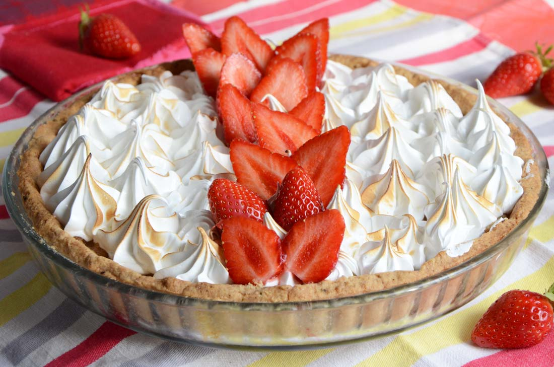 tarte fraises rhubarbe meringuée maison