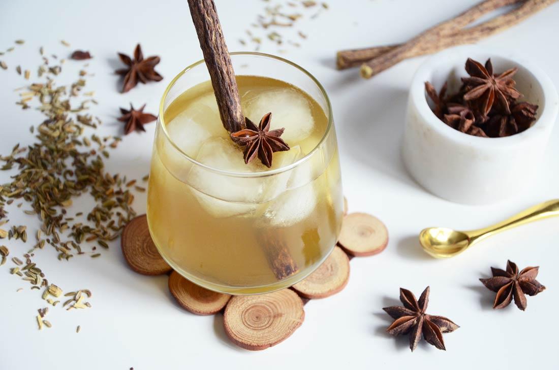 cocktail au thé réglisse orgeat sans alcool