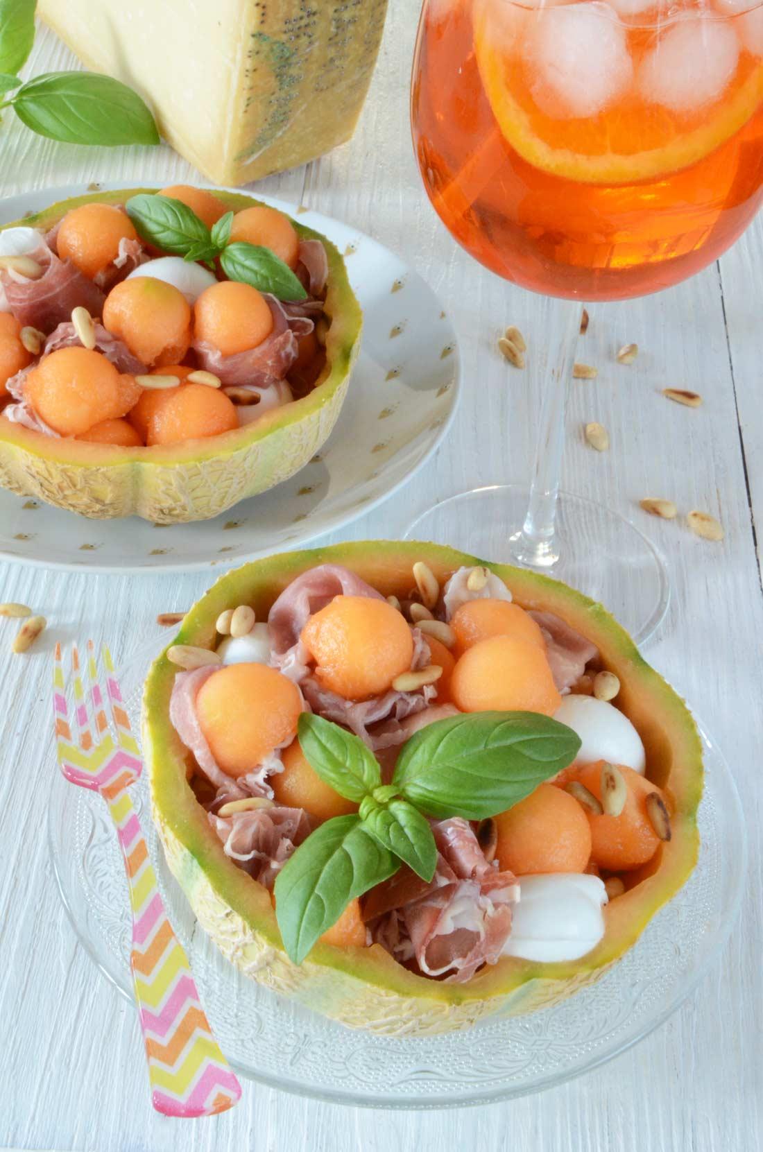 Melon surprise jambon de Parme et parmesan