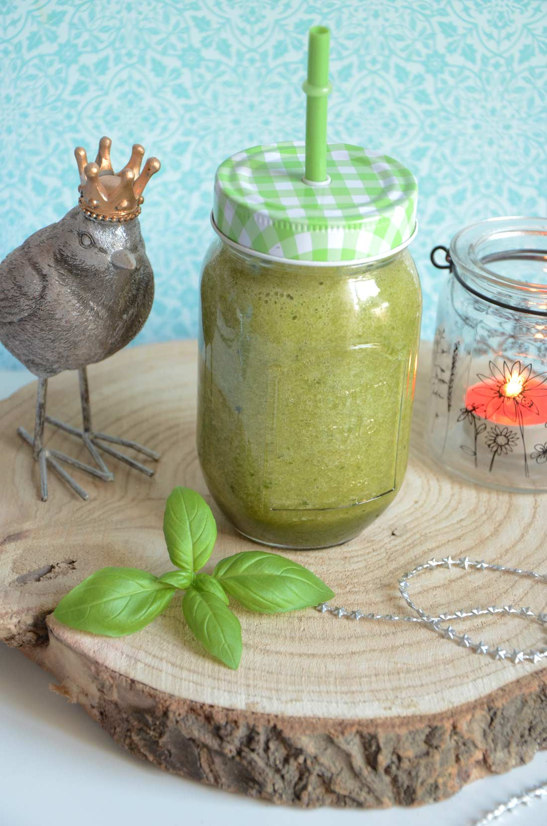 Smoothies concombre basilic
