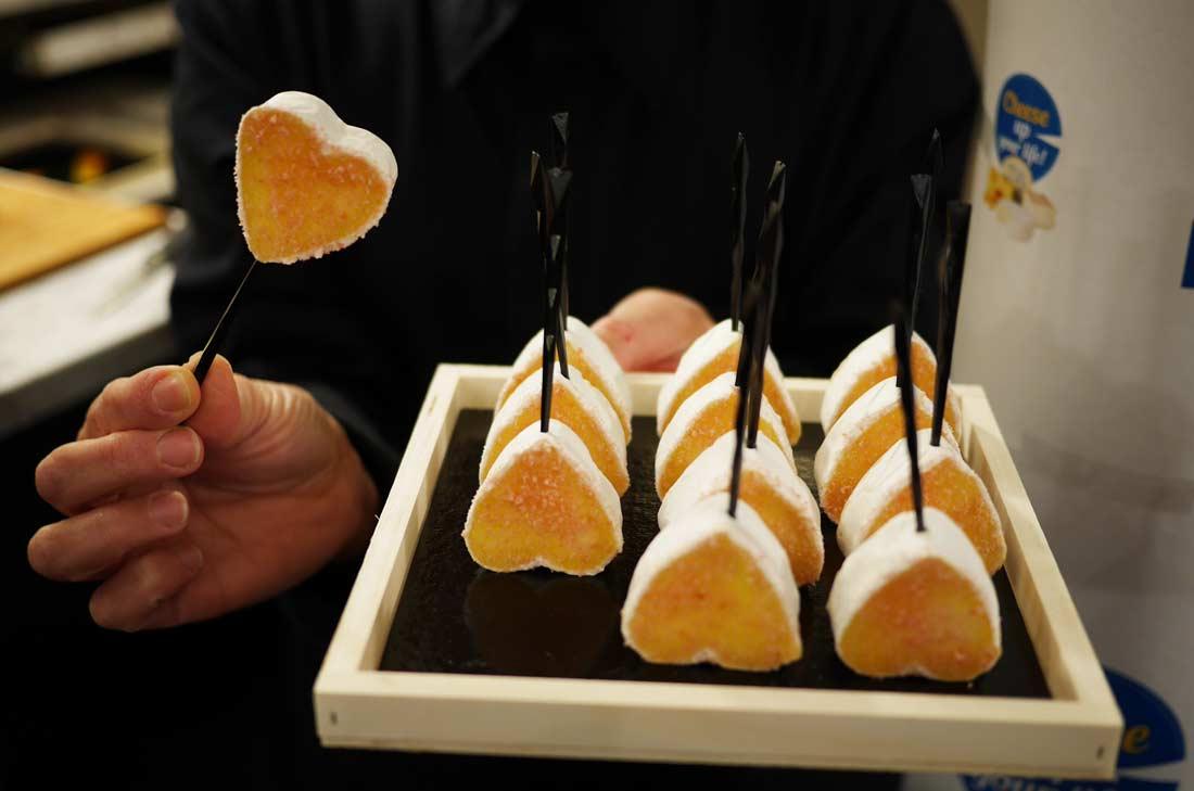 Neufchatel et biscuits de Reims pour la Cheese Tapas week