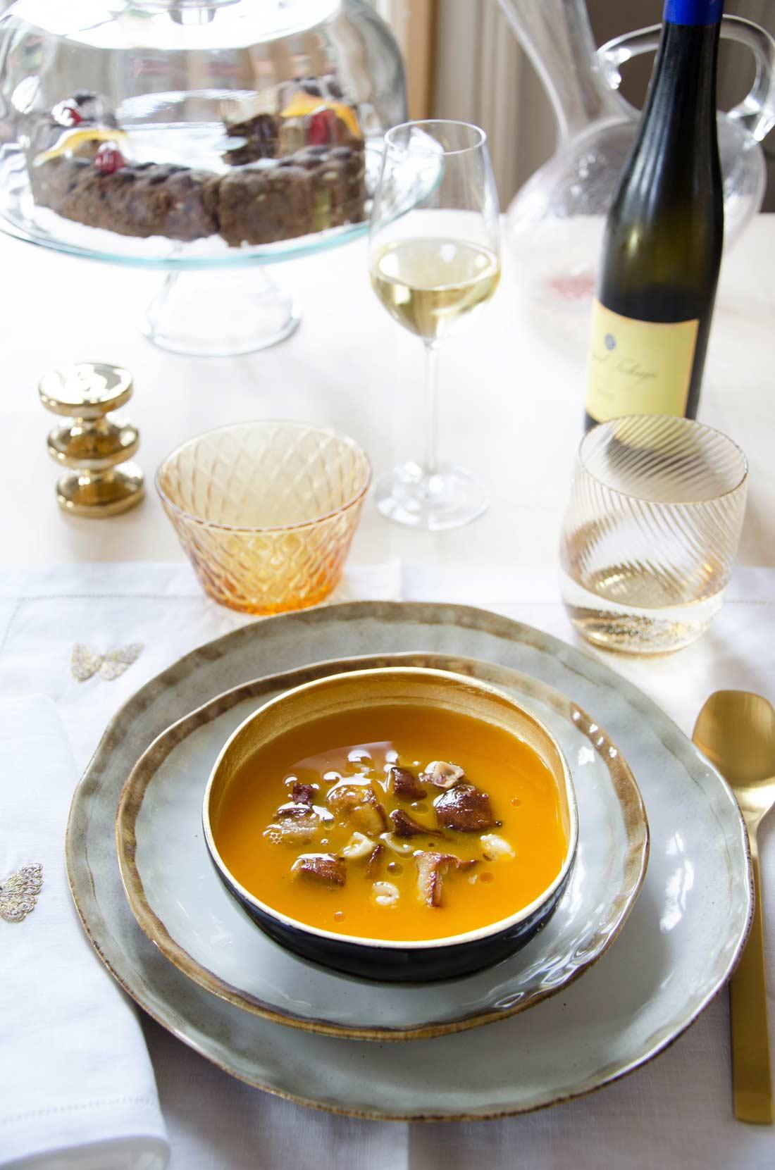 Crème butternut foie gras et noisettes