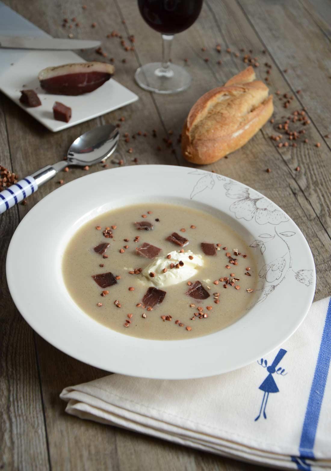 soupe de sarrasin et magret séché fait maison