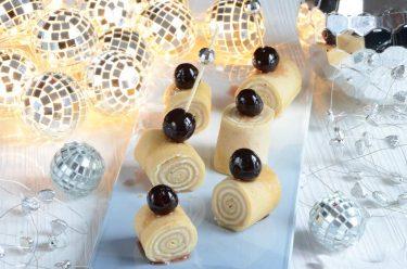 Roulés de crêpes chocolat blanc cerises amarena