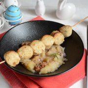 Brochettes de boudin de lapin pommes et noix