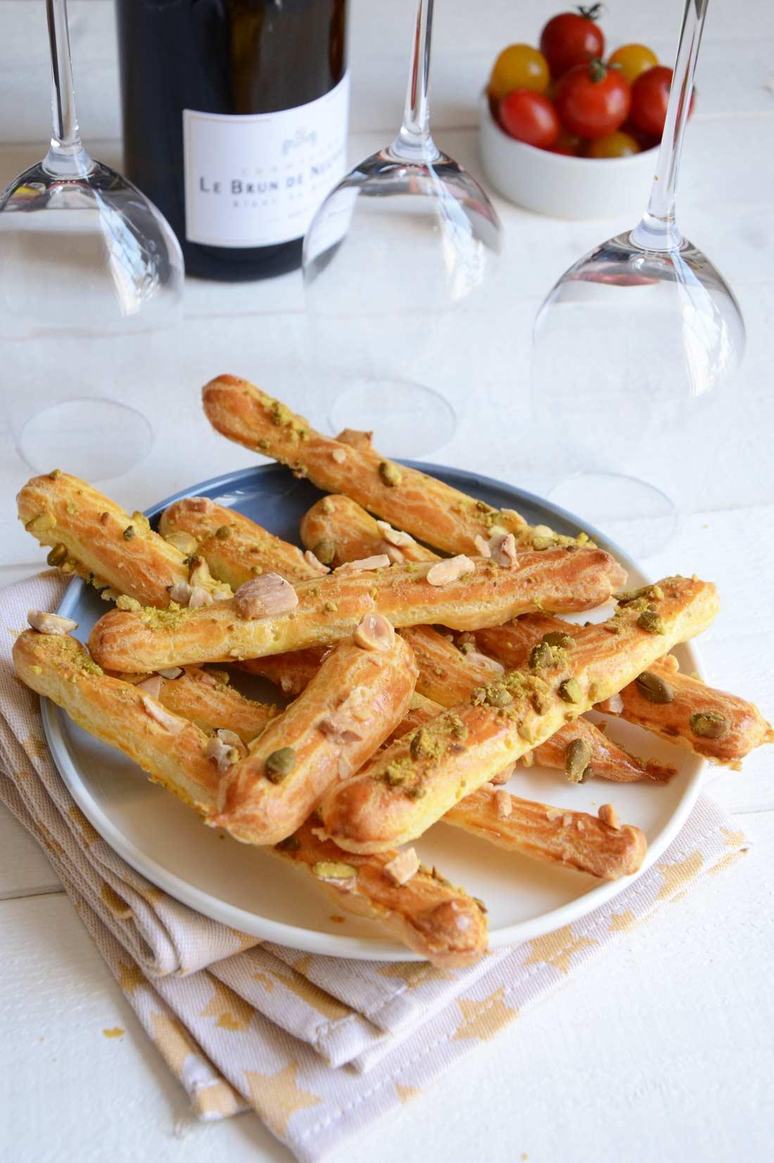 Gressins de pâte à choux aux fruits secs fait maison
