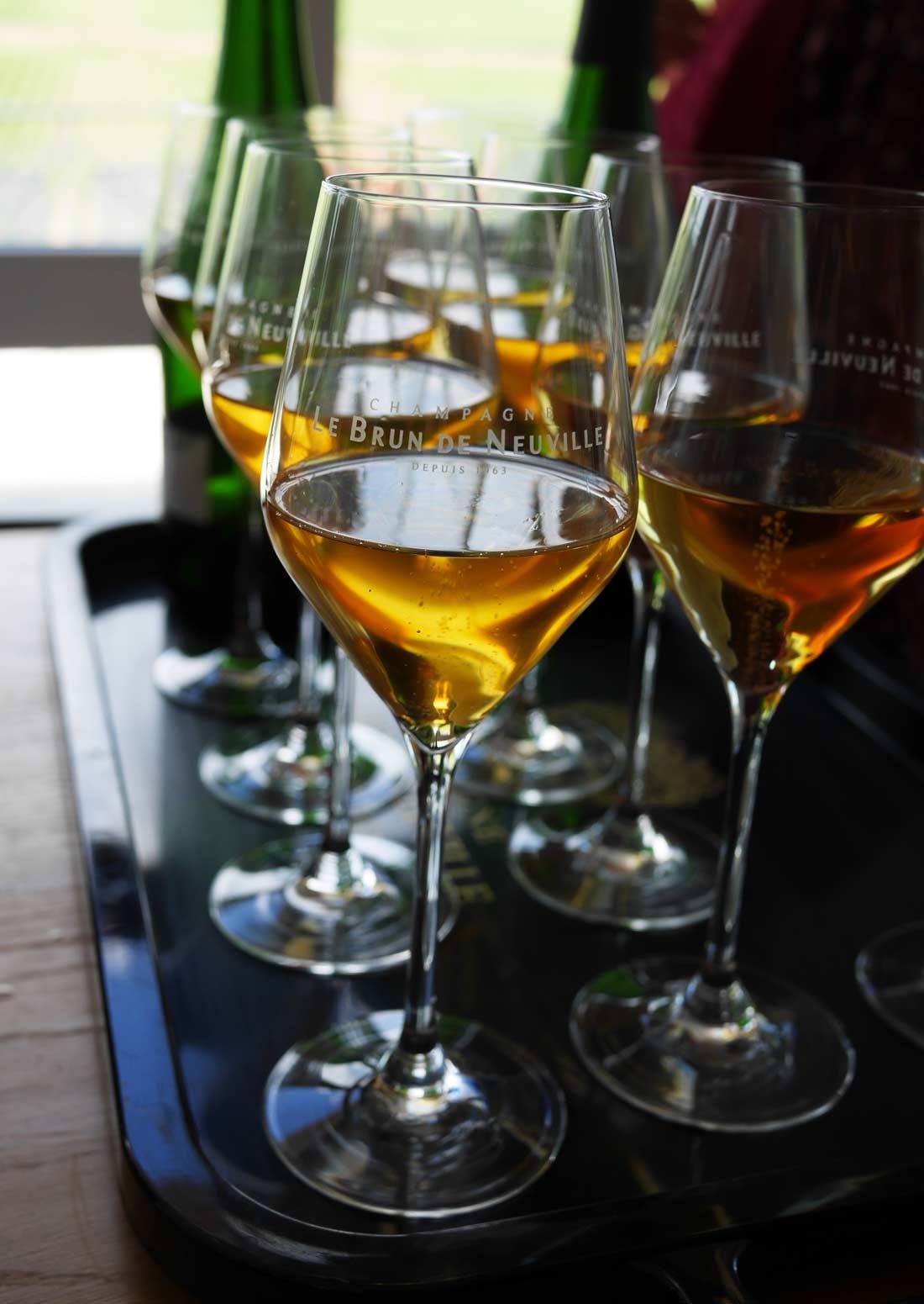 dégustation du millésime 1995 du champagne Le Brun de Neuville