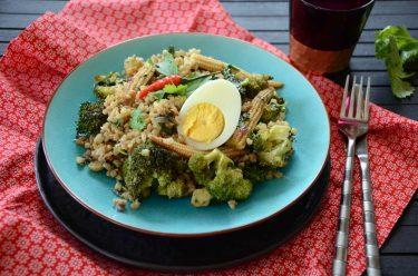 Nasi Goreng ou riz sauté à l'indonésienne