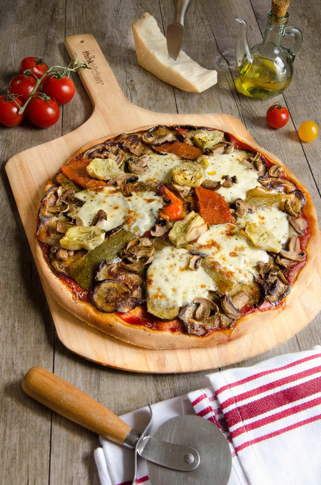 Pizza légumes grillés et mozzarella maison