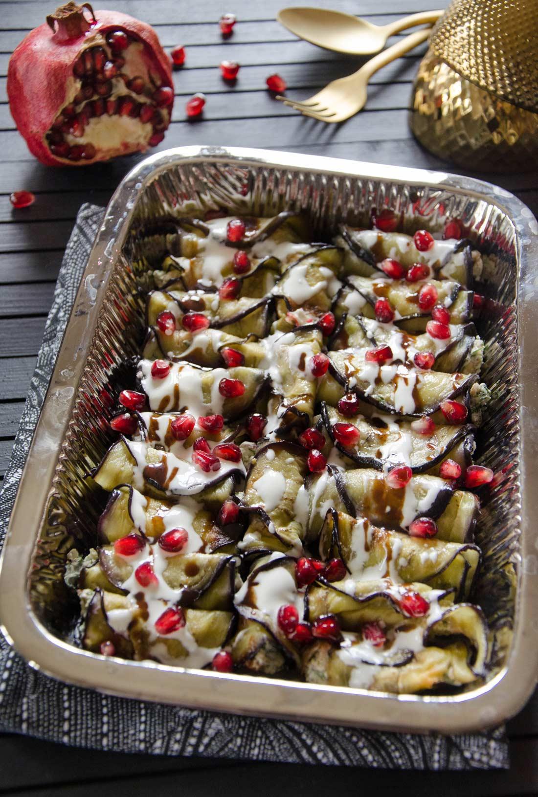 Rouleaux d'aubergine fromage et noix maison