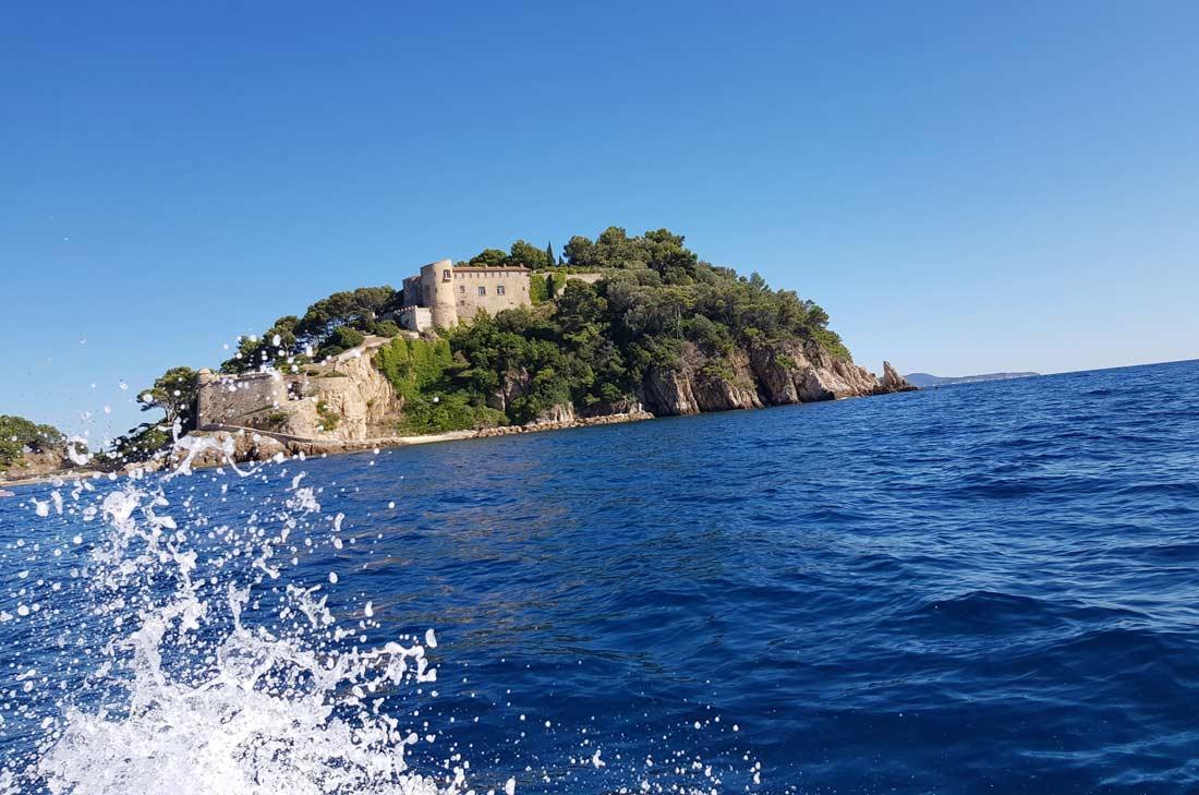 Fort Brégançon depuis la mer