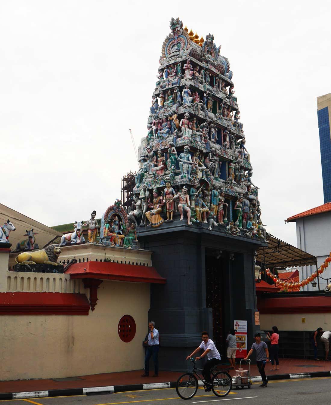 Temple Sri Mariamman à Singapour