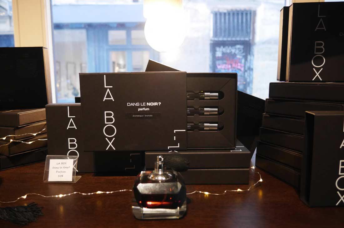 box dans le noir