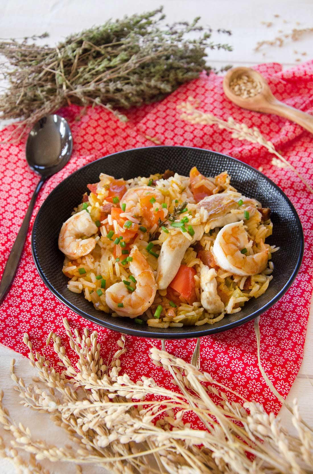 Jambalaya poulet crevettes au riz de Camargue