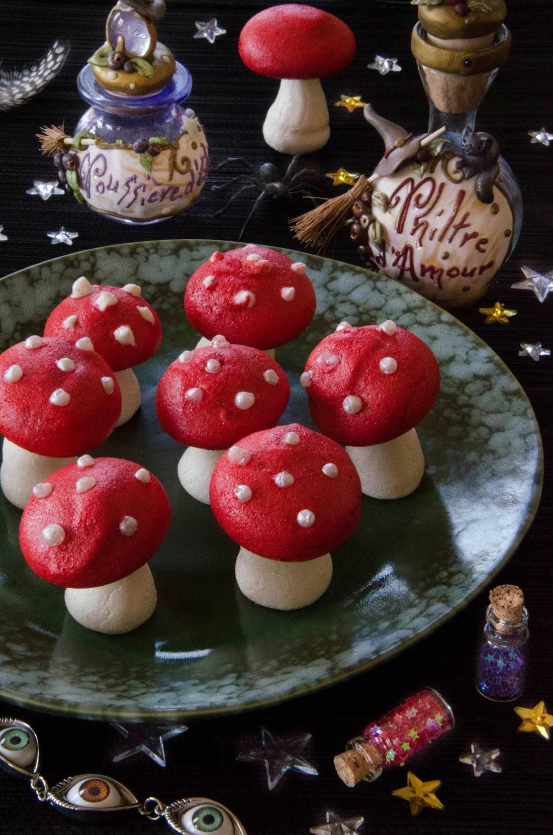 Meringues champignons vénéneux fait maison