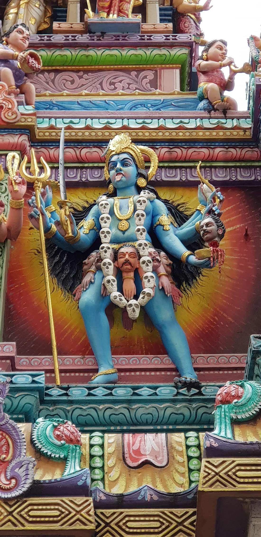statue du temple Sriveeramakaliamman
