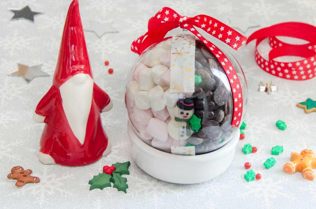 boule de Noël chocolat chaud gourmand