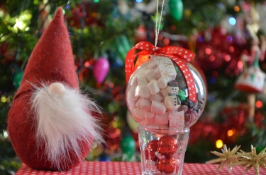 boules de Noël garni de chocolat gourmand
