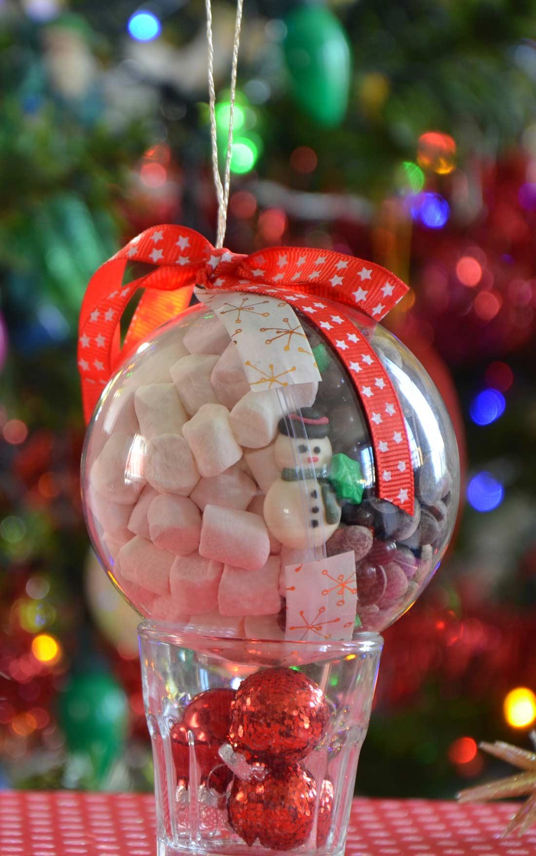 pas à pas boule de Noël kit chocolat chaud gourmand