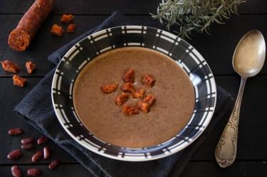 Crème de haricots rouges au chorizo