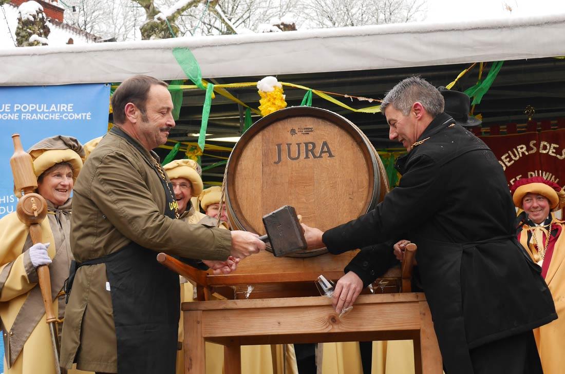 Mise en perce du tonneau de vin jaune édition 2019