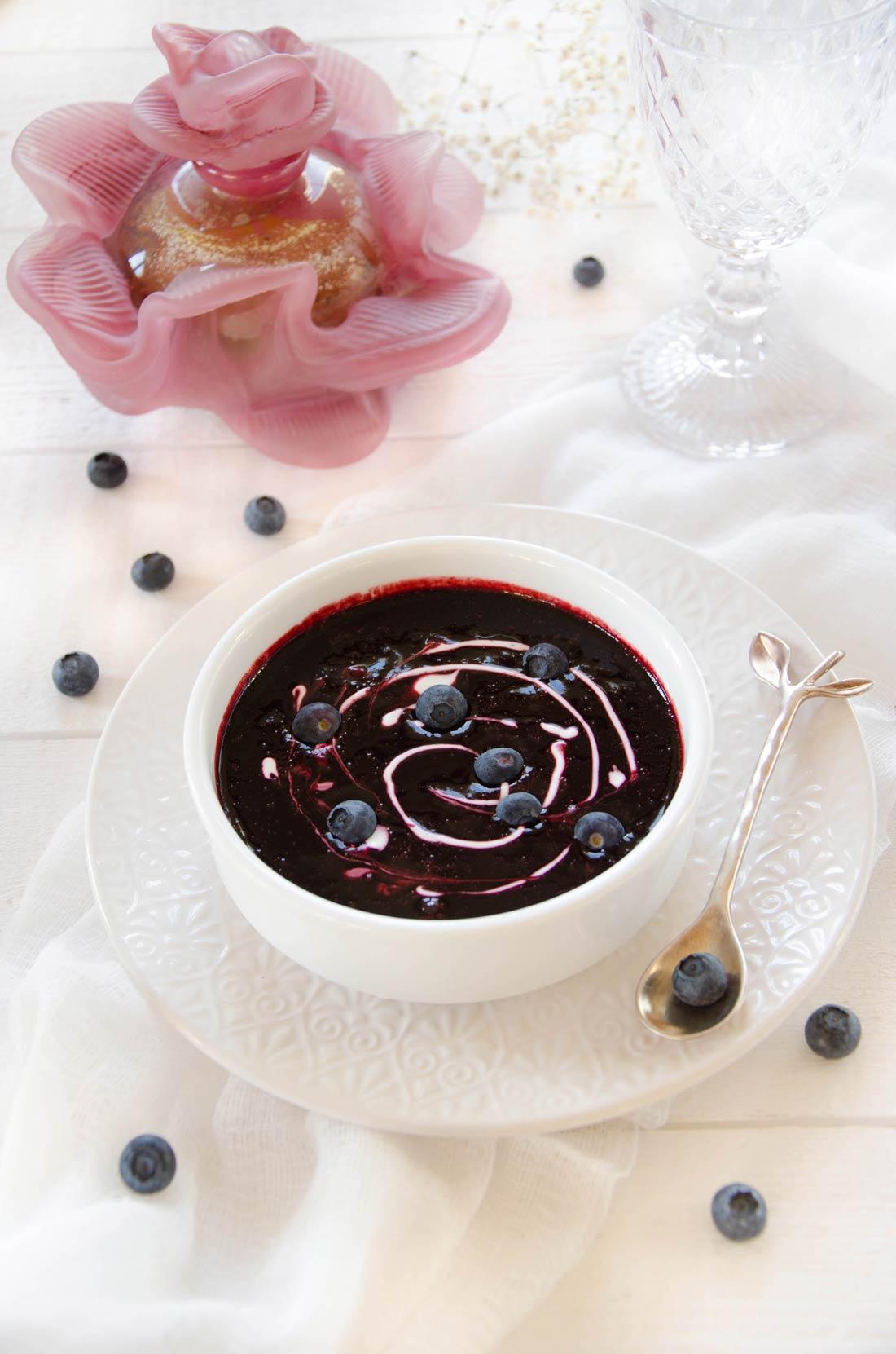 Recette de soupe sucrée myrtilles cannelle
