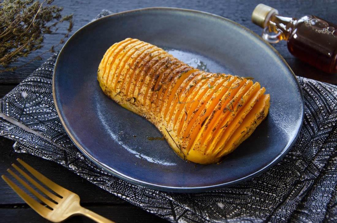 Courge butternut rôtie façon hasselback