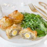 Mini pâtés de Pâques aux oeufs de caille fait maison