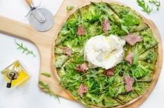 Pizza verte brocoli asperges burrata
