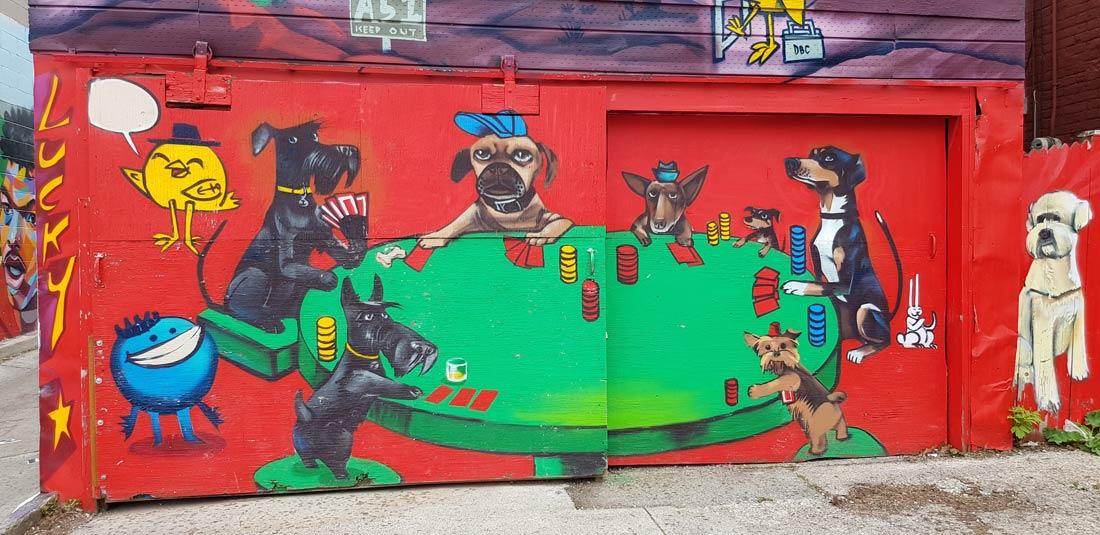 La murale des chiens joueurs de cartes à Toronto