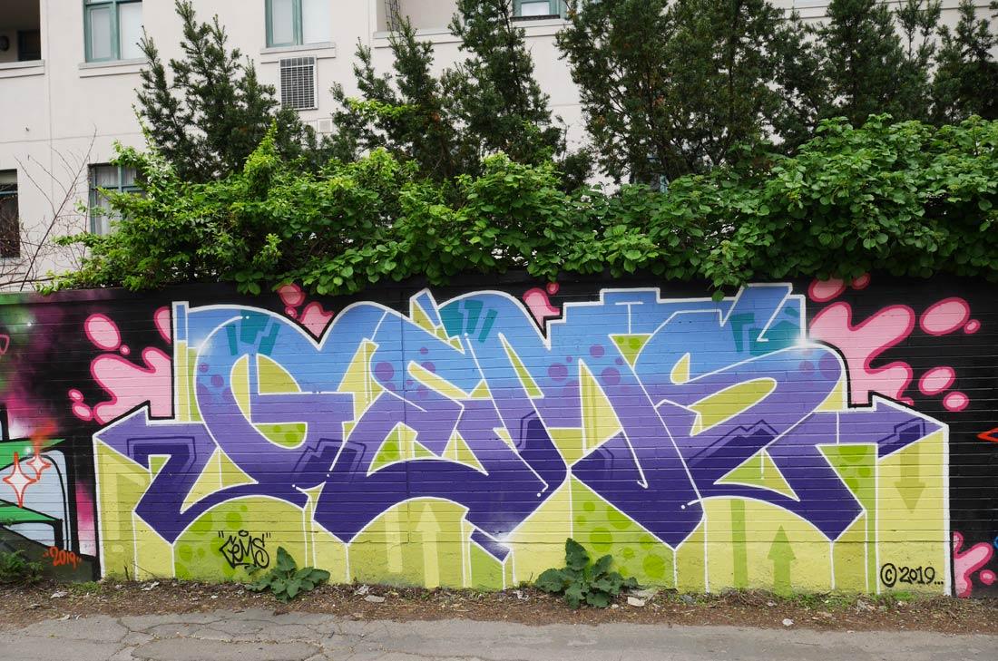 Murale Gems in Graffiti Alley à Toronto