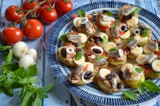Canapés façon salade niçoise fait maison