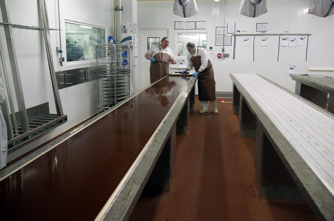 Ganache sur plaque de marbre Maison du Chocolat