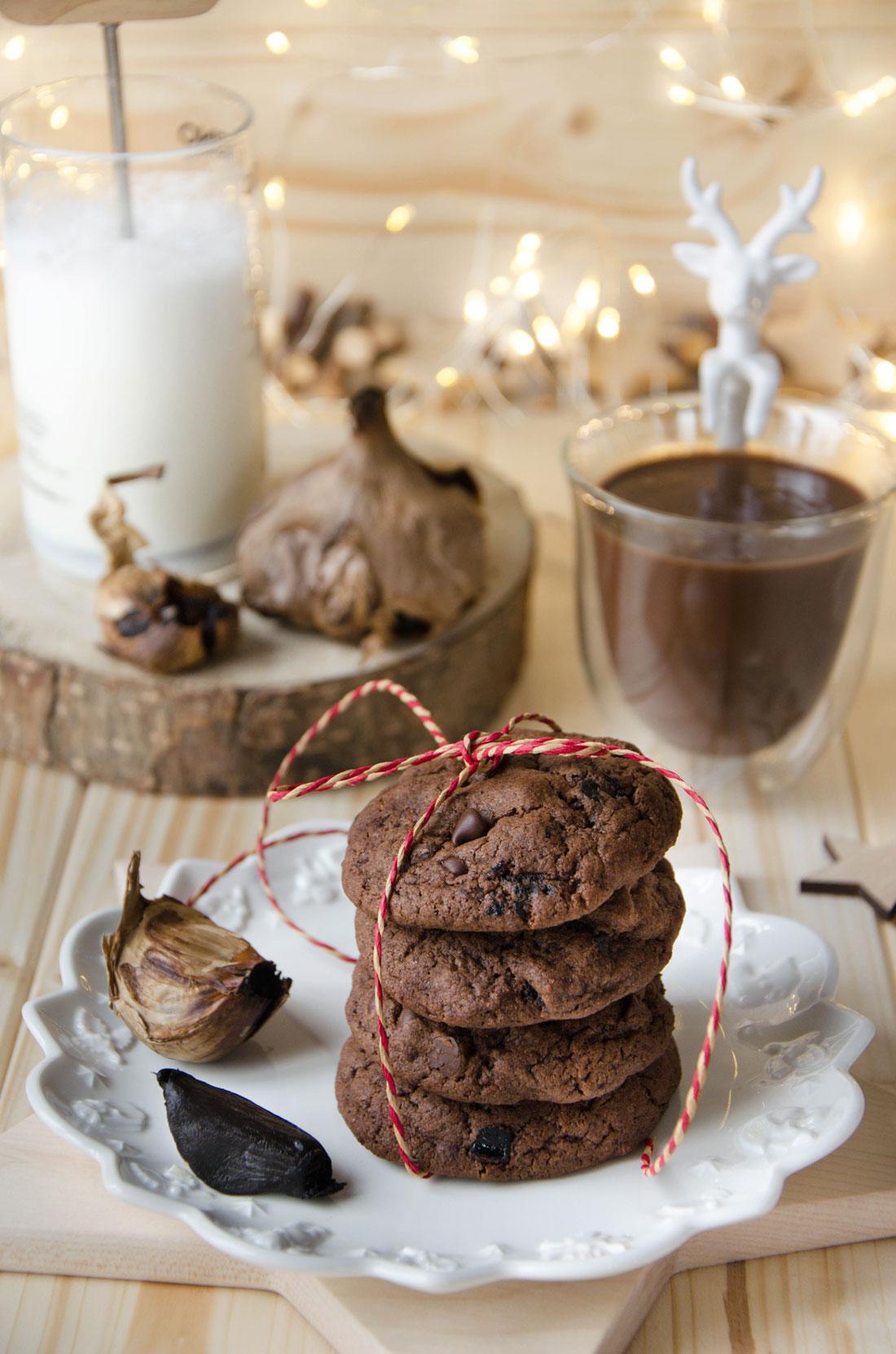 Recette de cookies au chocolat et à l'ail noir