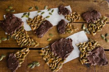 recette maison de croquants graines de citrouille érable chocolat