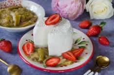 Brocciu fraises rhubarbe