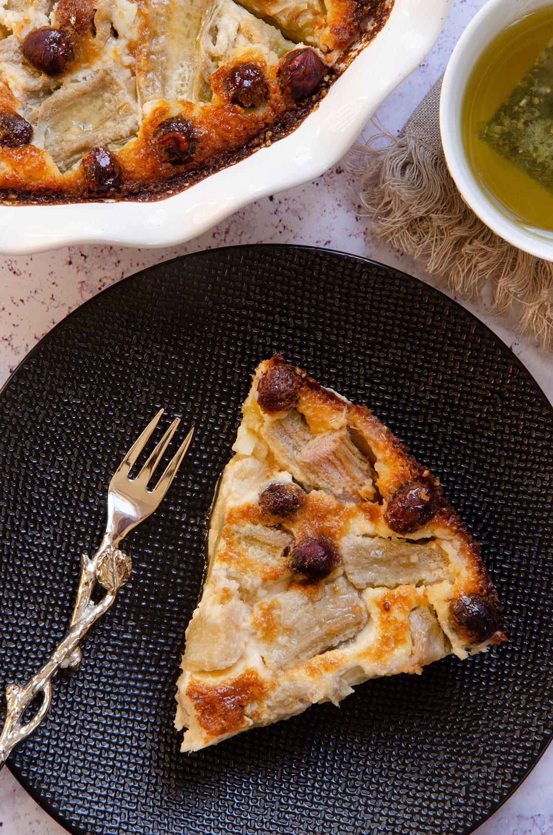 Clafoutis rhubarbe noisettes fait maison