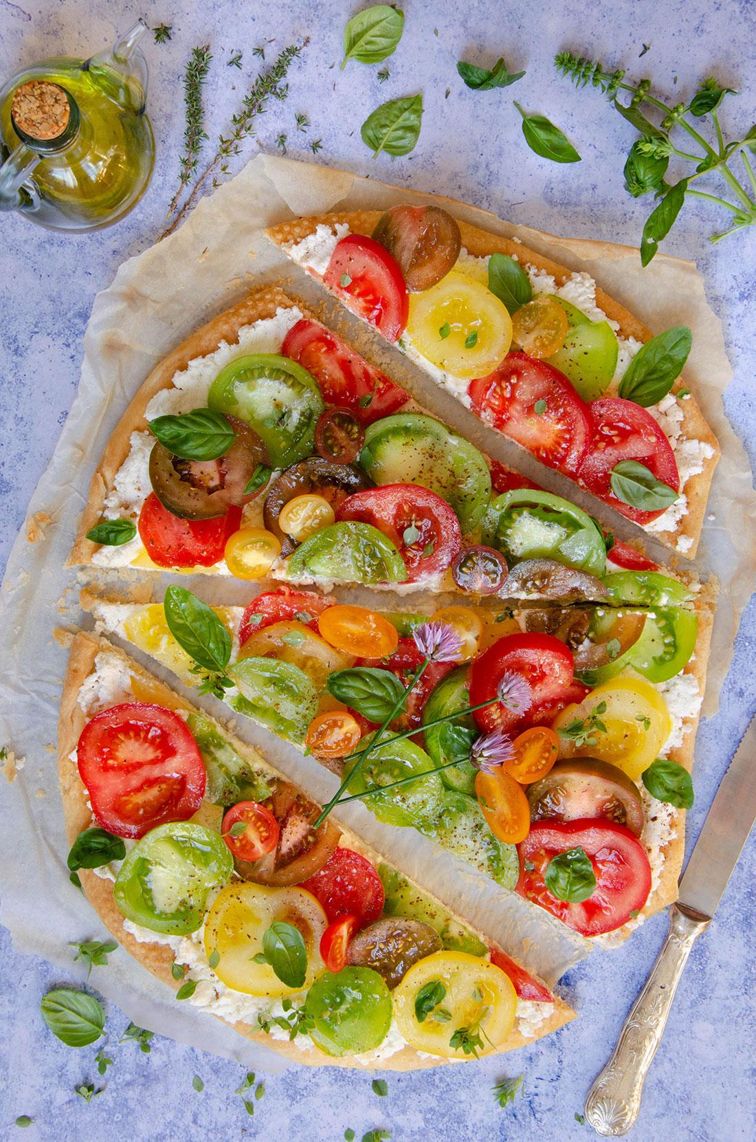 Recette de tarte feuilletée aux tomates multicolores fait maison