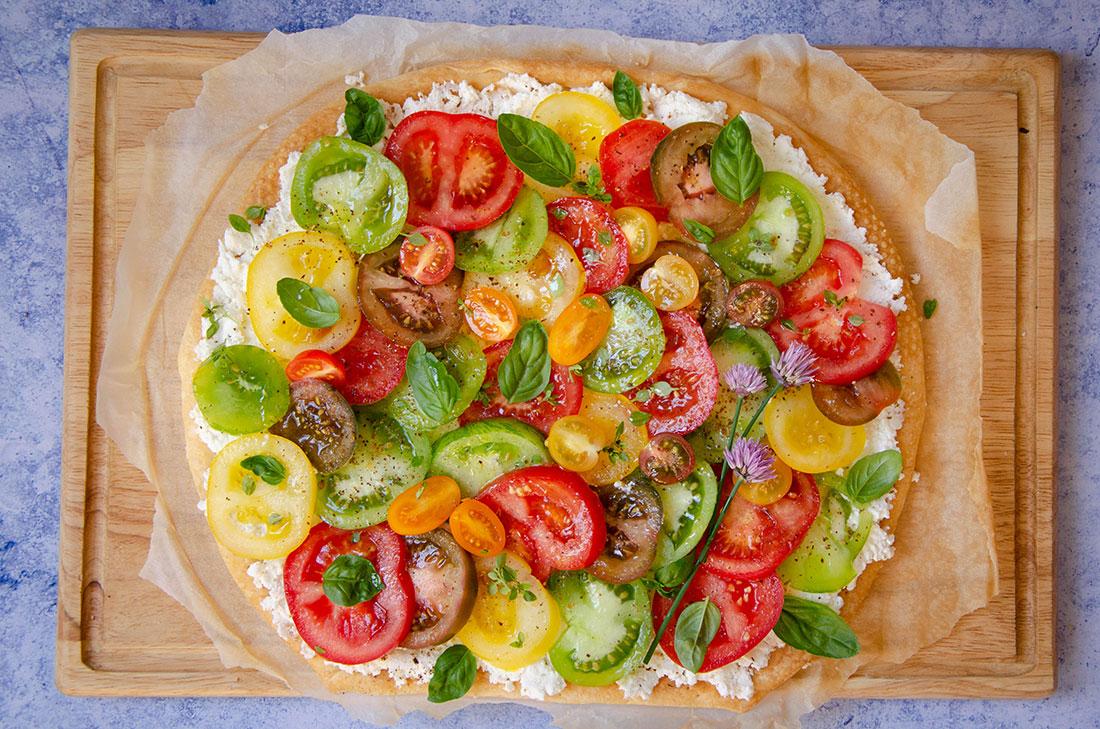 Recette maison de tarte feuilletée tomates multicolores