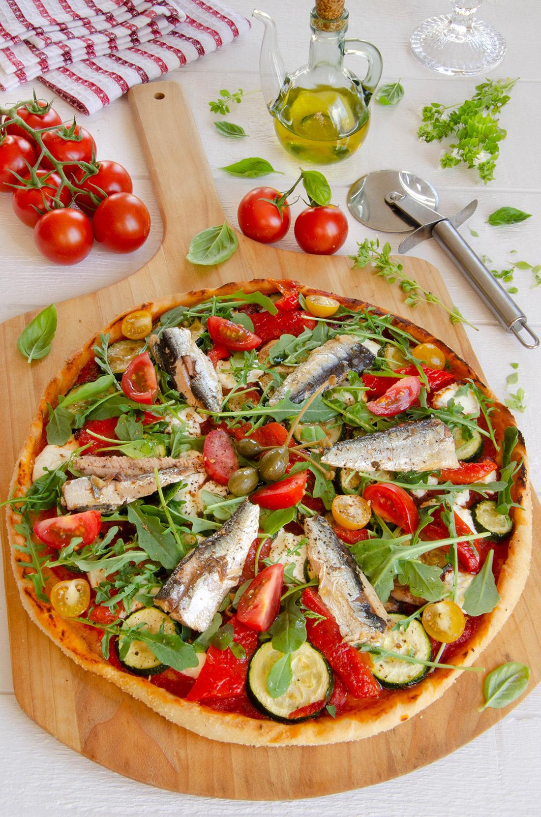Recette de pizza chèvre courgettes sardines fait maison