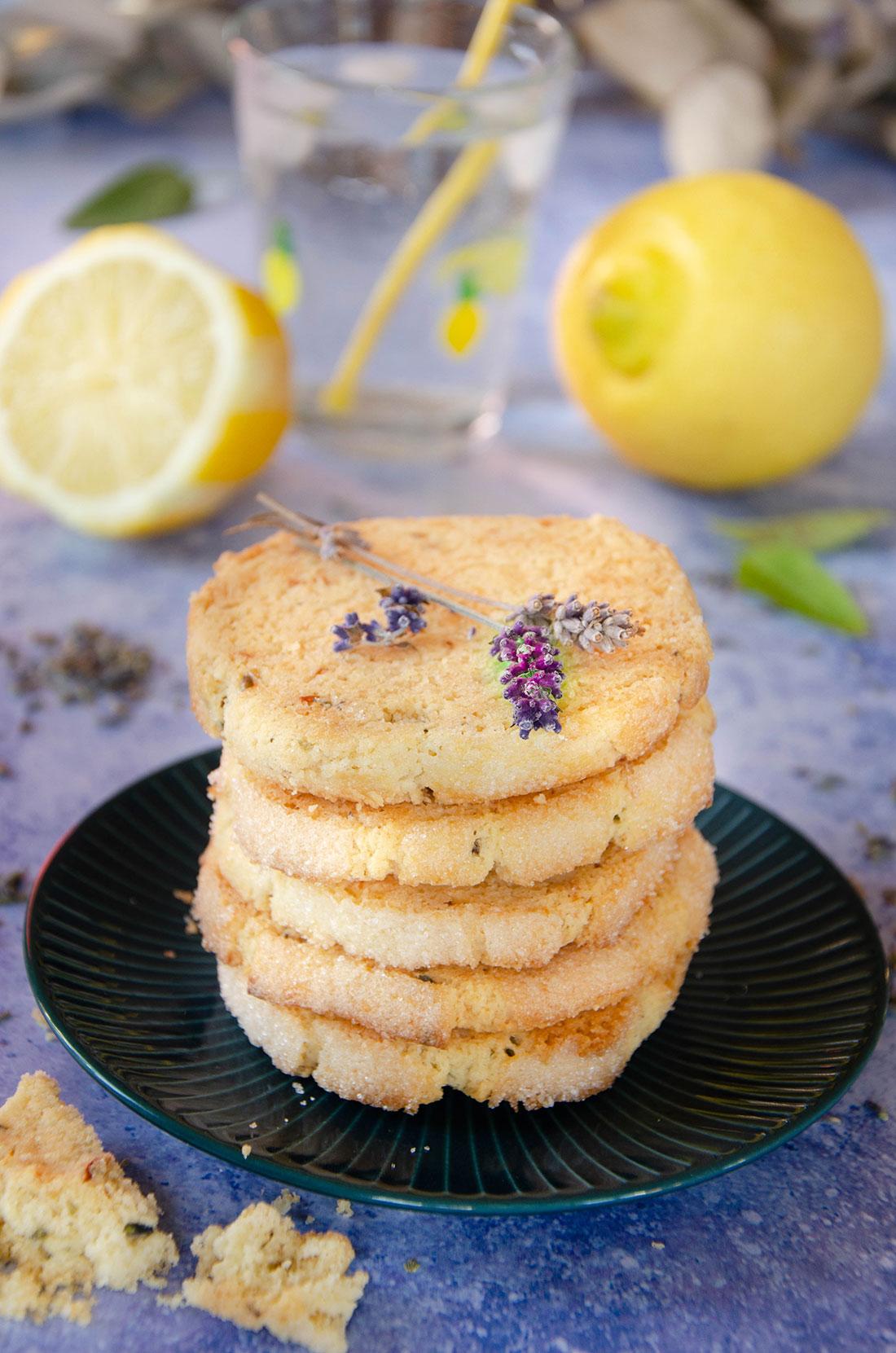 Sablés citron lavande et amandes fait maison