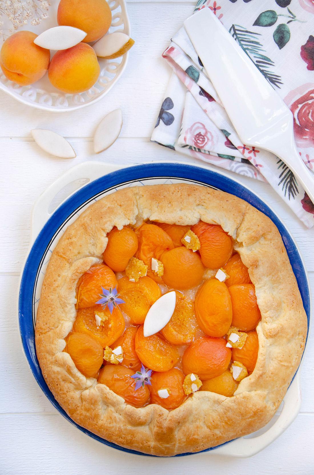 Recette maison de tarte rustique abricots calissons